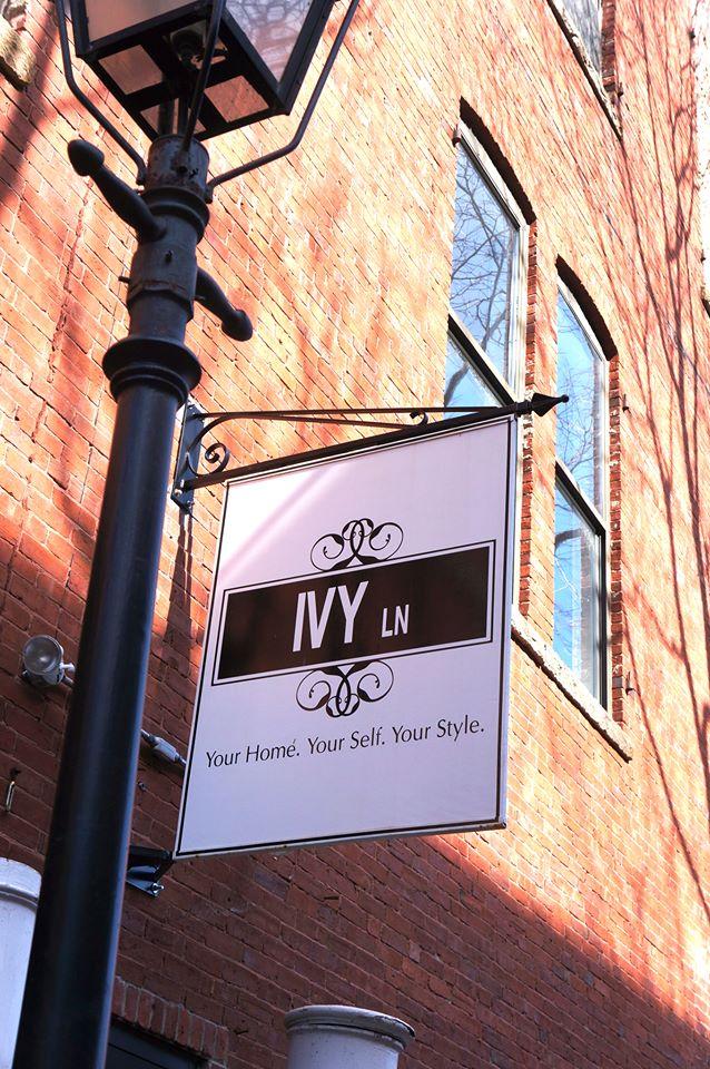 Ivy Lane Sign
